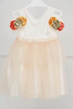 Ivoire ruha alkalmi tüllből gyöngyös díszítés 3d virágos díszítéssel