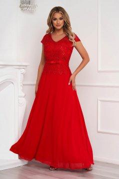 Piros alkalmi hosszú muszlin harang ruha csipkés anyagból