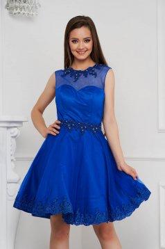 Kék rövid harang ruha tüllből gyöngy díszítéssel strasszos kiegészítővel