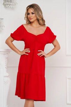 Piros ruha midi bő szabású ejtett vállú vékony anyag