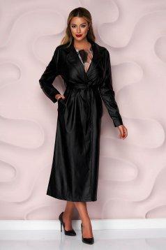 Fekete szintetikus bőr kabát eltávolítható övvel enyhén rugalmas anyagból