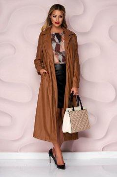 Barna szintetikus bőr kabát eltávolítható övvel enyhén rugalmas anyagból